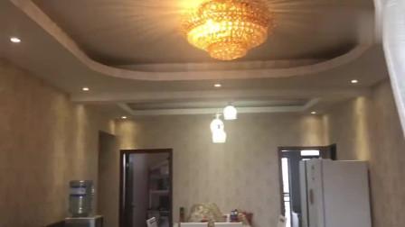 103㎡豪华欧式装修,住了6年,采用全屋贴墙纸风格,可以参考一下