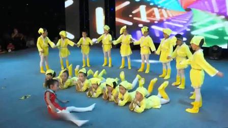 幼儿园六一儿童节晚会舞蹈《明日歌》
