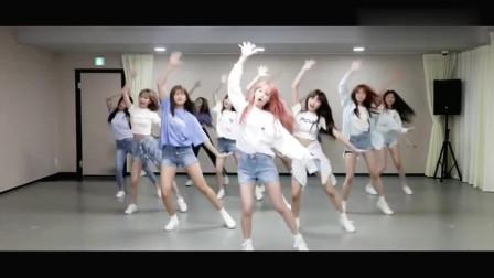 妹妹們也太可愛了!IZONE練習室練舞好歡樂!網友:少女的樣子