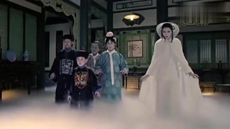 林正英拍过的鬼片中,可怕男僵尸遇到了女僵尸,两鬼还相互请安行礼,真不可思议