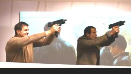 继盗火线之后又一部被认为枪战对决场面真实激烈的片子