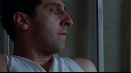 男子看到蚊子在吸妻子的血,直接就是一掌,结果妻子和蚊子都死了