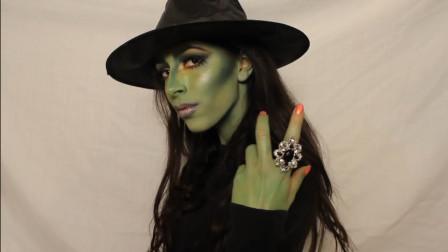 万圣节时尚美妆:国外女子的奥兹女巫仿妆太逼真了,手上的戒指很吸睛