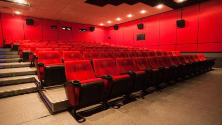 日本地下电影院:只许成年人进入,播放的内容有点老