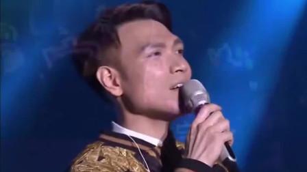 杨宗纬率性演唱《十二楼》, 优雅歌声太让人沉醉了!