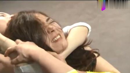 韩国女子摔角:看上去温柔可爱的妹子,在台上面部表情很凶悍!