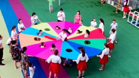 幼儿园最火玩不腻的集体游戏,网友:娱乐孩子,累坏老师!