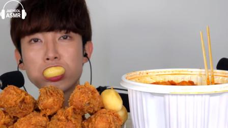 韩国美食小哥,吃炸鸡腿,大口大口吃真香
