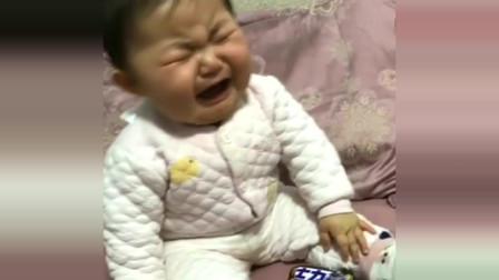 萌娃:这宝宝一看就是个吃货,简直是秒变脸啊,怪不得叫肉肉