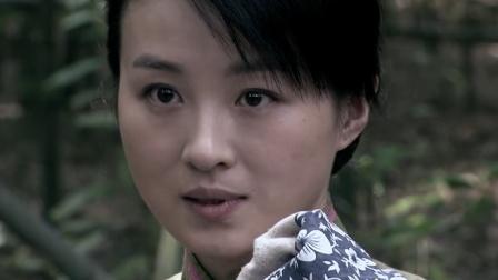 日本女鬼子伪装成良民,结果情急之下讲了日语,这下露馅了!