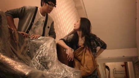 前度:陈伟霆让阿娇搬沙发到九楼,阿娇:你现在吧,我烧给你!