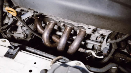为什么排气歧管是弯的,而且还弯的很不规则呢?今天算长见识了