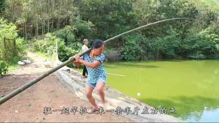 这钓鱼的架势霸气,钓了这么多年鱼是头一次见!