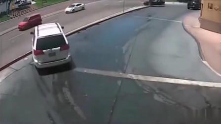 """这个""""免费洗车""""的代价有点大!"""