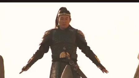 木乃伊3  李连杰拔剑的动作真的是帅呀  打斗场面精彩绝伦 真的是大片中的大片呀