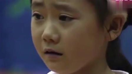 7岁福原爱遭韩国冠军,输球被对手摸脸后用球砸人复仇太逗了