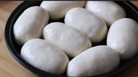 面粉别再蒸馒头了,试试这样做法,比包子、面包好吃,给肉也不换