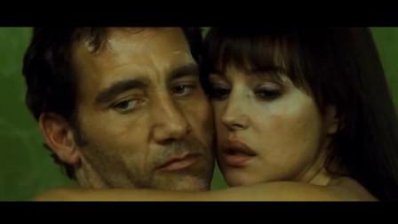 意大利尤物继《西西里的美丽传说》之后又一惊艳力作,用身材撑起的动作大片