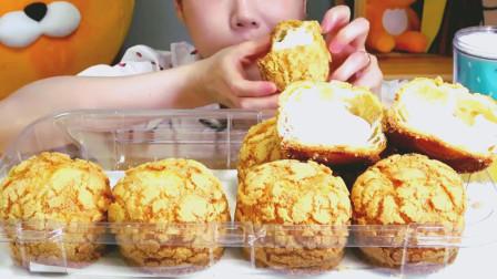 韩国美女吃播吃奶油泡芙, 吃真任性, 不怕长胖吗?