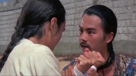 两江总督自恃武功高强,要亲手刺客,最后在了刺客的刀下