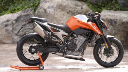 KTM又让摩友失望了,新车双缸水冷配ABS,12.68万元宝马本田笑了