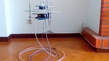 歪果仁在家动手制作的磁悬浮!