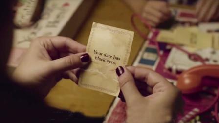 女子陪女儿玩古老桌游,收到一张诡异的卡片,却不知害了她和女儿