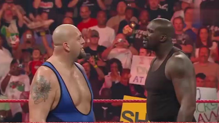 WWE:当职业运动员跟职业拳手对打,会发生啥?奥尼尔太搞笑了!真皮