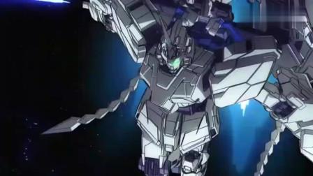 机动战士高达:完美独角兽VS新吉翁号,苍蓝绚丽的白色高达!