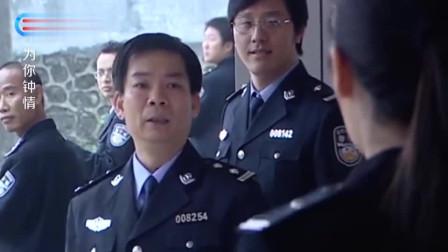 退役女特警就是不一般,一个人瞬间秒杀一群男警,太霸气