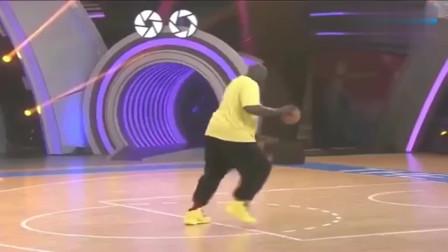 大鲨鱼奥尼尔不去跳舞真可惜了,感觉比打篮球还要厉害!