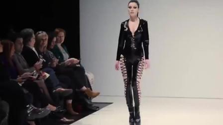 欧美高级服装秀:这衣服设计的真尴尬,感觉美女腿上的肉都勒出来了!