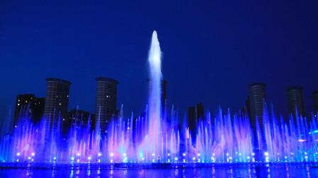 呼和浩特如意河音乐喷泉不输西安大雁塔喷泉,属国内一流水平