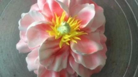 蛋糕裱花-牡丹花的制作手法