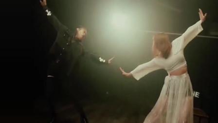 邓紫棋的《来自天堂的魔鬼》 配上这曲舞蹈 可谓高山流水啊