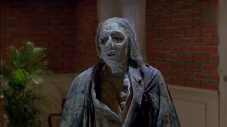 林正英: 干尸见血复活, 恶鬼吸血场面, 太恐怖了!