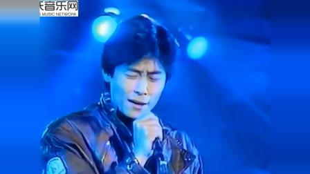 王杰早期在日本的现场演唱《忘了你忘了我》,无修音都这么好听