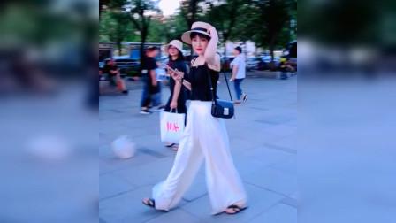 成熟小姐姐纤纤作细步 精妙世无双  青春性感又靓丽可人  气质优雅迷人!