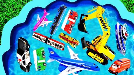 认识儿童玩具车挖掘机铲车水泥罐车叉车 儿童玩具车集合 趣味小汽车带你学习认识颜色