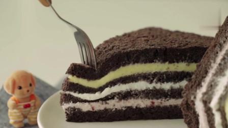 黑巧克力三明治蛋糕 苦中带甜,早餐、午餐能量大补给