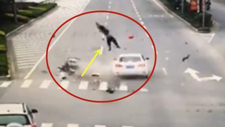 电动男子路口惨遭截杀,瞬间飞出十几米远!悲剧了