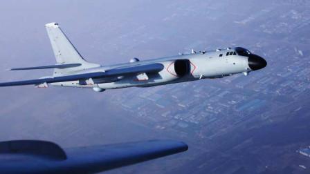 美航母舰载机带弹起飞拦截中国轰炸机 却看到中国飞行员一脸愤怒