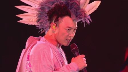 台下全是韩国巨星,中国歌手开口就是王炸,主办方:来踢馆的?