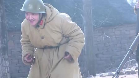 地雷战:师娘不幸被鬼子,男子背着师娘逃亡,重情义的男子