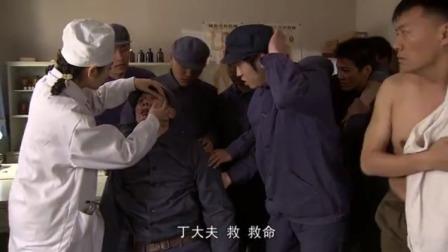 俩小伙晚上偷吃三百多个豆卷,第二天报应来了,口吐白沫翻白眼