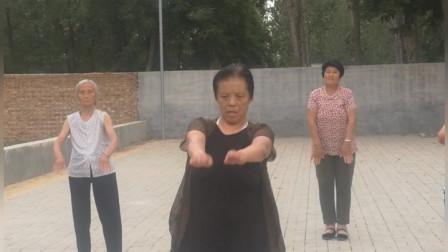 青香键身队 演  健身操  19.6.13