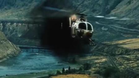 热血狙击枪战电影,巴雷特狙击枪对战直升机,一枪打爆瓦斯罐