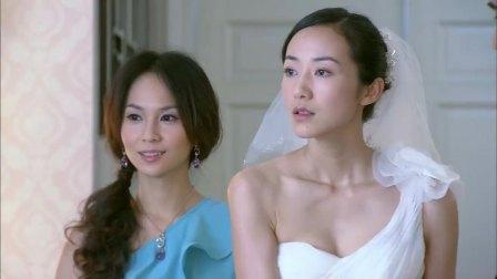 美女穿上婚紗和總裁拍外景照片,卻碰見了送外賣的前夫,尷尬了