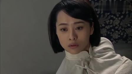 《飞哥大英雄》经过一系列出生入,梁飞意识到了对刘景怡的感情