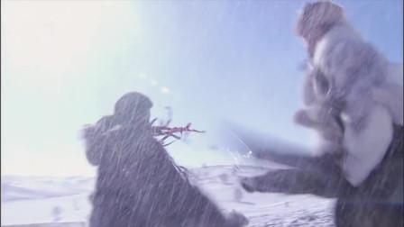 黄秋生主演《雪山飞狐》:打遍天下无敌手的苗人凤与胡一刀决战辽东雪山。